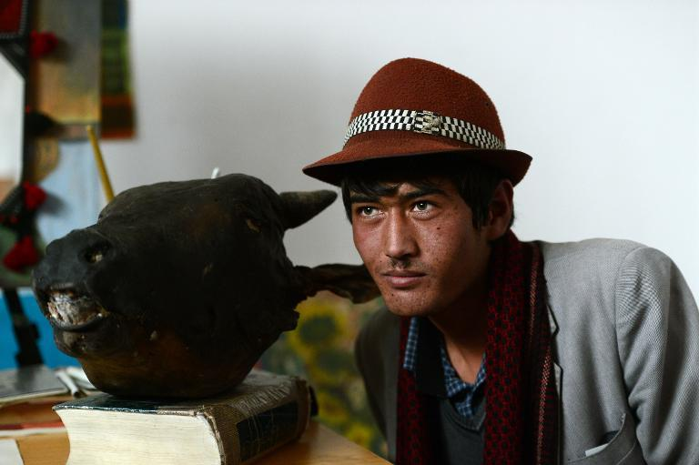 Afghanistan's modern artists puzzle and provoke