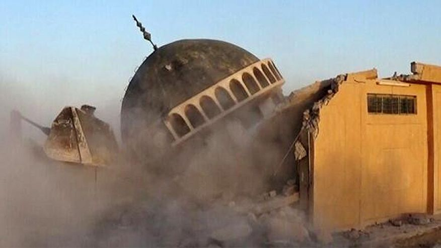 2014-07-10-isis-destroys-iraqi-shrines-03