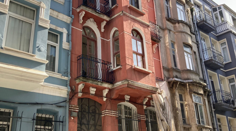 Apartman 52: home of the ultimate flaneur